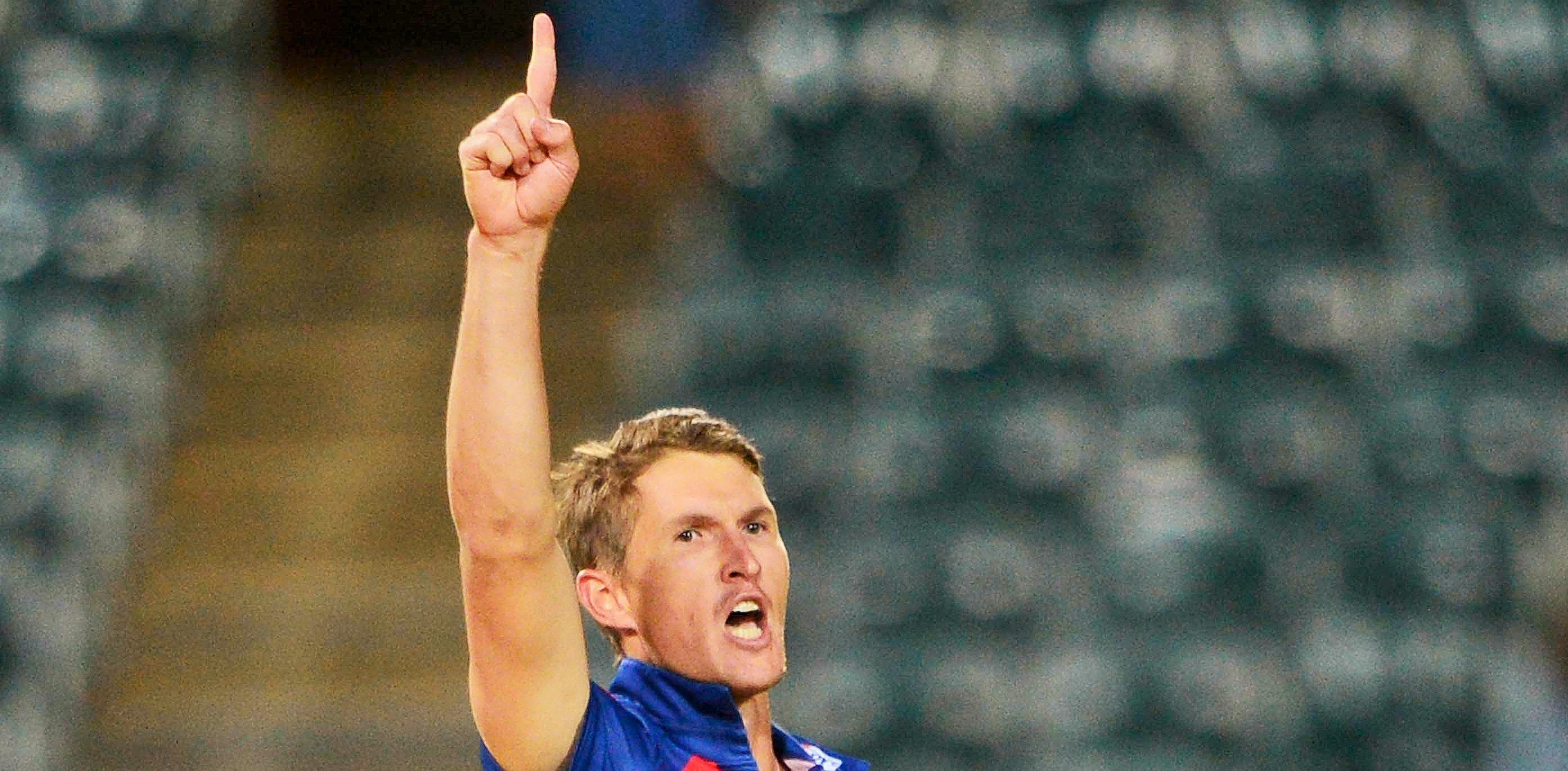 JOHANNESBURG, SOUTH AFRICA - NOVEMBER 22: Dwaine Pretorius of the Lions celebrate the wicket of Dwayne Bravo of the Dolphins during the Ram Slam T20 Challenge match between bizhub Highveld Lions and Sunfoil Dolphins at Bidvest Wanderers Stadium on November 22, 2015 in Johannesburg, South Africa. (Photo by Lee Warren/Gallo Images)